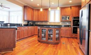 Tarzana Luxury Properties close to $3,600,000